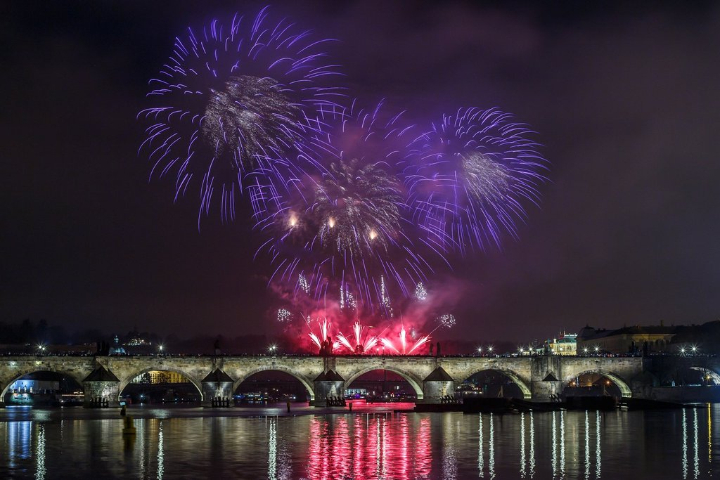 New Year's fireworks in Prague 2016